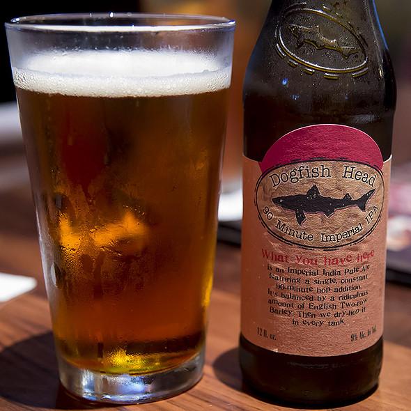 Dogfish Head 90 Minute Imperial IPA @ Lazy Dog Restaurant & Bar
