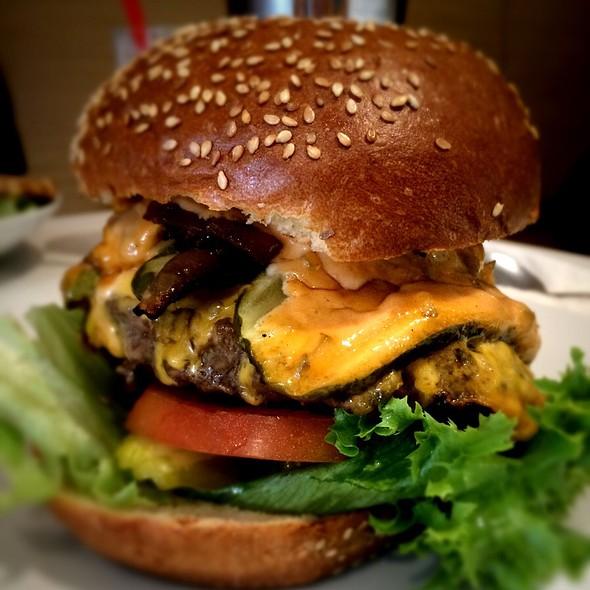 Animal Style Burger @ Barney's Gourmet Hamburgers