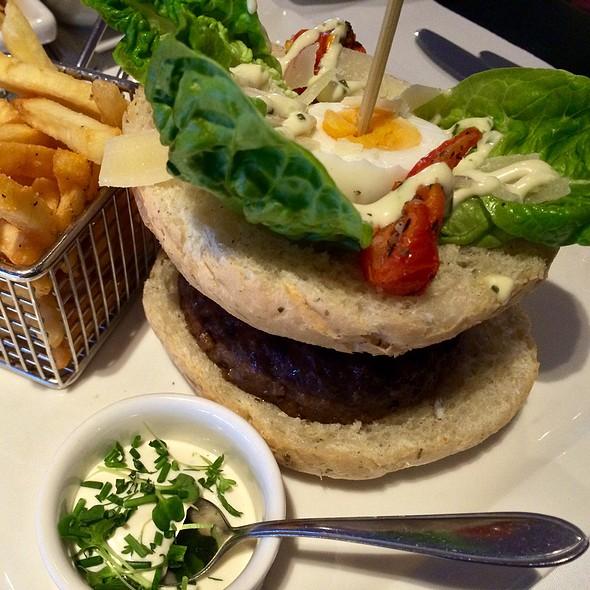 Caesar Burger @ Van Der Valk Hotel Duiven