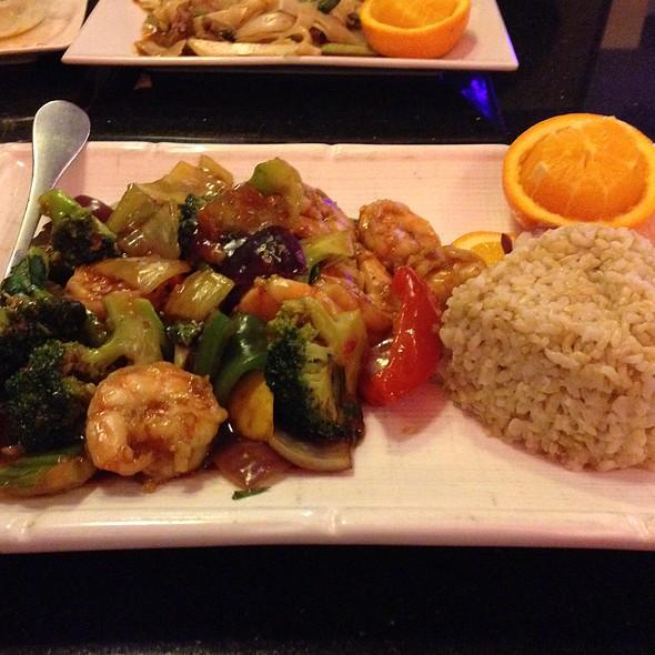 Basil Shrimp @ East Moon Asian Bistro