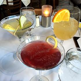 Cocktail Round