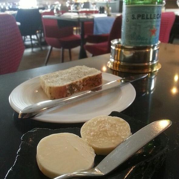 Rosemary and Sea Salt Bread