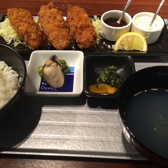 Oyster Lunch - カーブ・ド・オイスター, 中央区, 東京都