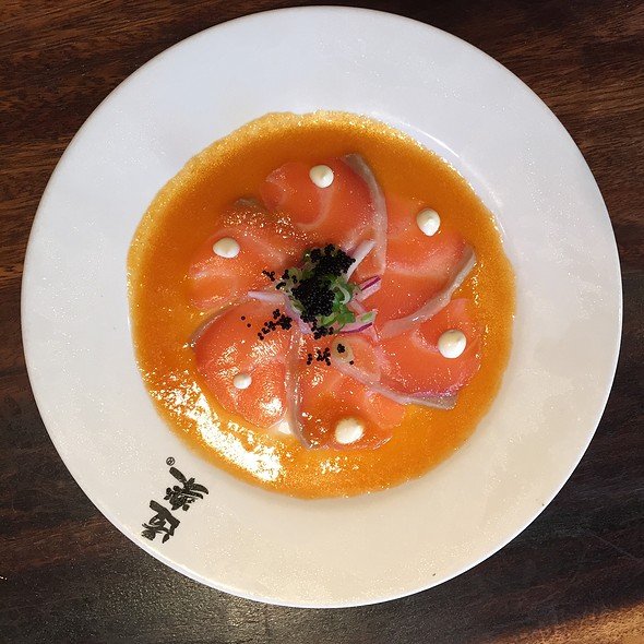salmon carpaccio @ Doraku Sushi