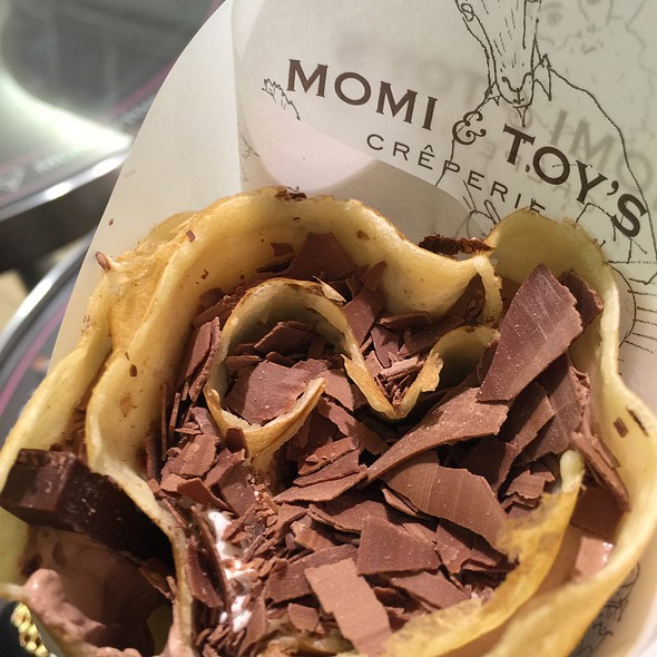 Mixed Chocolate Crepe @ モミ アンド トイズ MOMI&TOY'S お台場ヴィーナスフォート