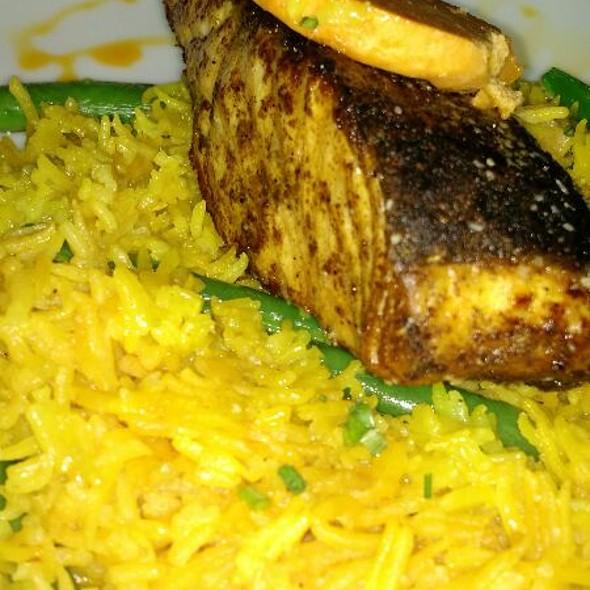 Moroccan Spiced Salmon @ Robin's Restaurant