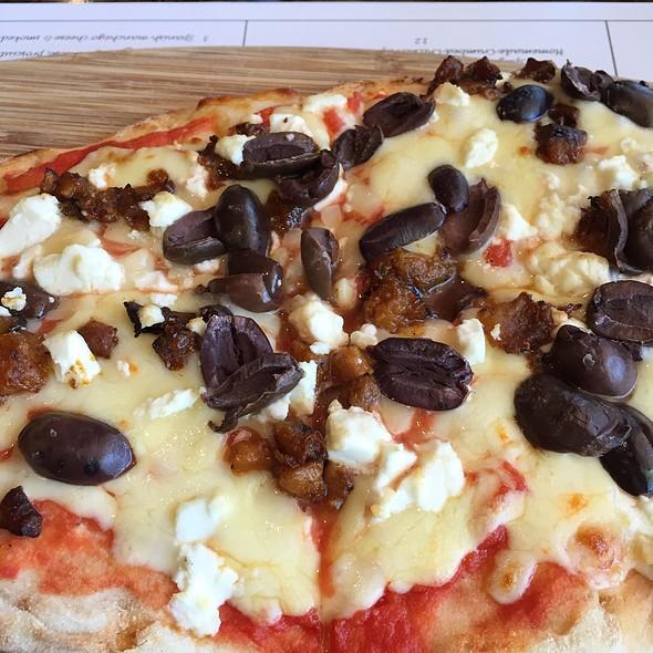 Pizza #4 @ La Monicas