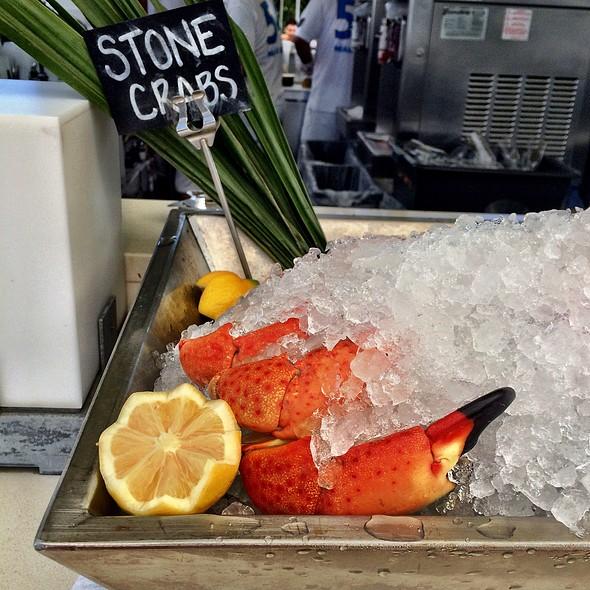 Stone Crab @ La Cote