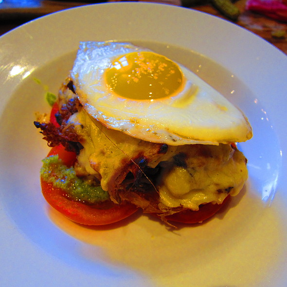 The Hot Brown @ Murray Street Kitchen