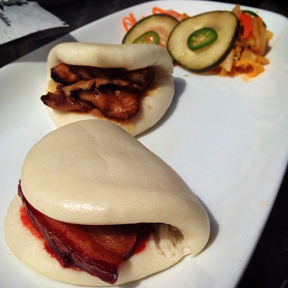 steamed buns @ Death In The Afternoon