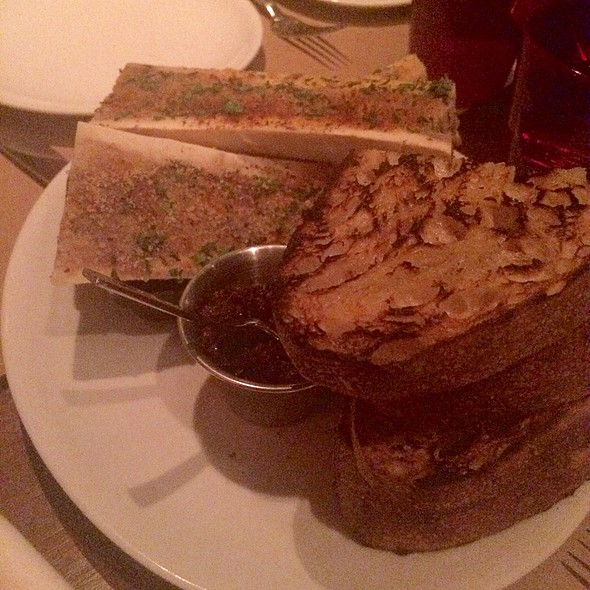 Marrow Bones With Toast