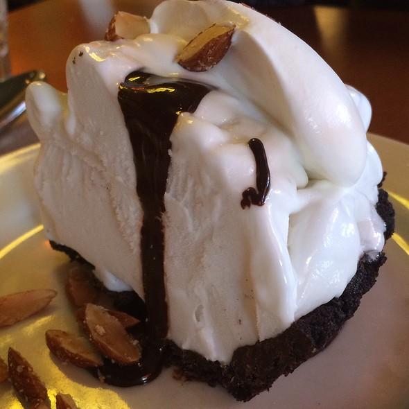 Coconut Gelato Pie
