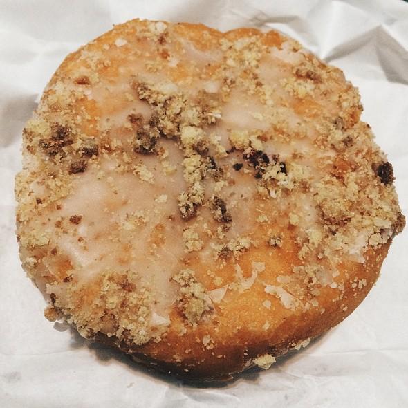 Apple Donut @ Alpha Donuts