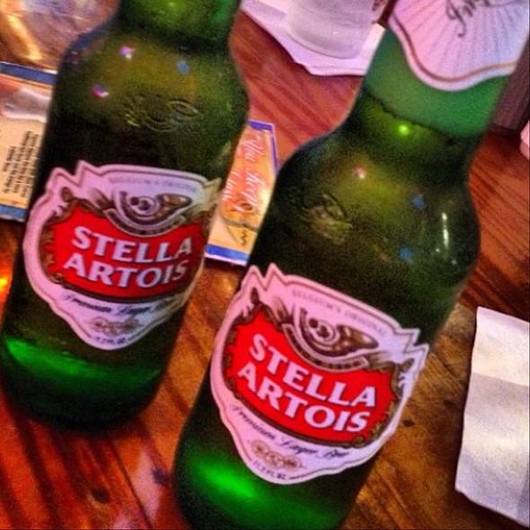 Stella Artois @ Hooters