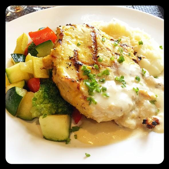 Dijon Chicken @ Sheraton Gateway Hotel Atlanta Airport