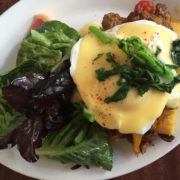 Sausage Benedict Atop Polenta - Tilikum Place Cafe, Seattle, WA