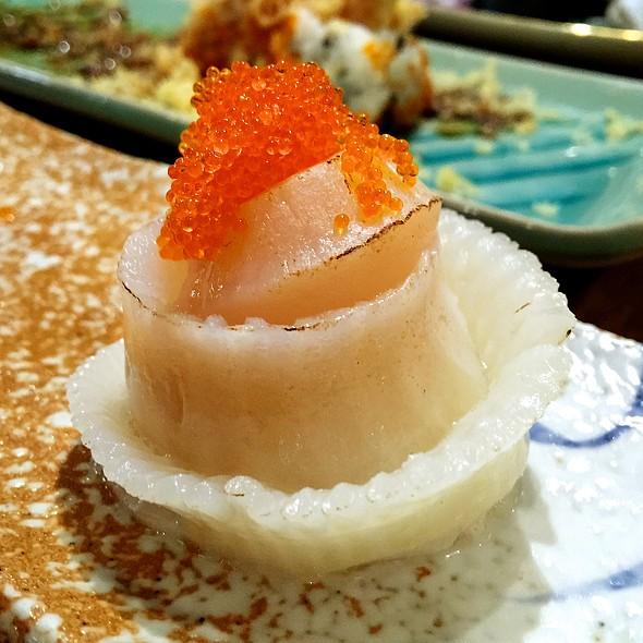 Aburi Engawa Hotate Sushi @ Kabocha Sushi @ The Nine