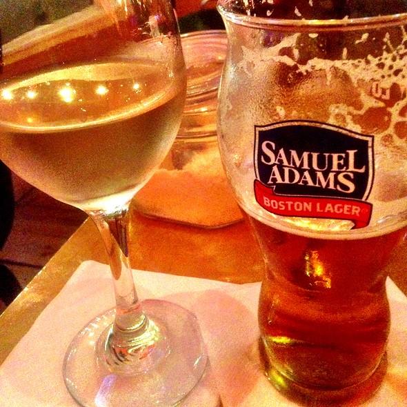 Samuel Adams Winter Lager @ Piola