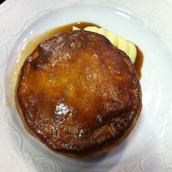 Chicken Pie @  Cafe Vue