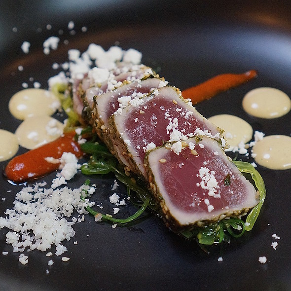Furikake crusted Hawaiian ahi tuna, pickled seaweed, spicy kimchi purée, soy kombu emulsion, roasted sesame powder @ Valette