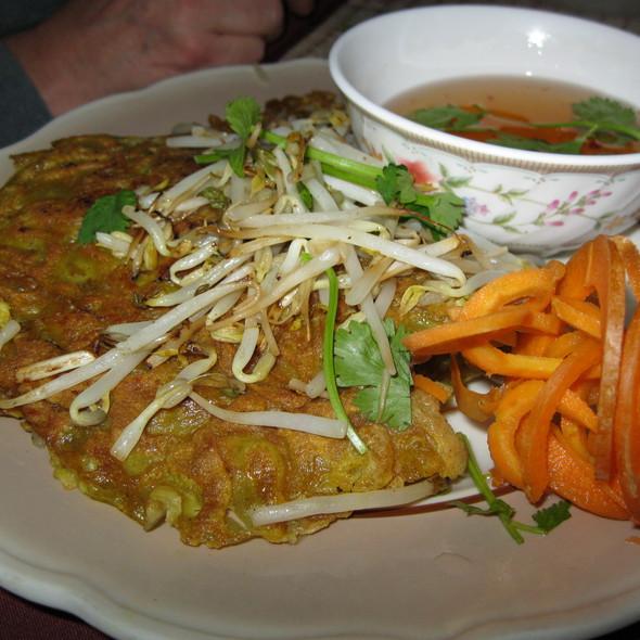 Ban Xeo @ Mekong Cafe