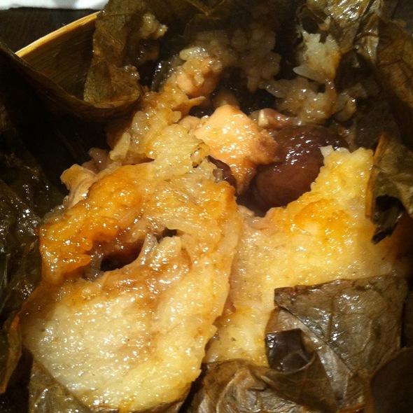 Sticky Dumpling Rice @ Xin Wang Hong Kong Café - Cineleisure Orchard