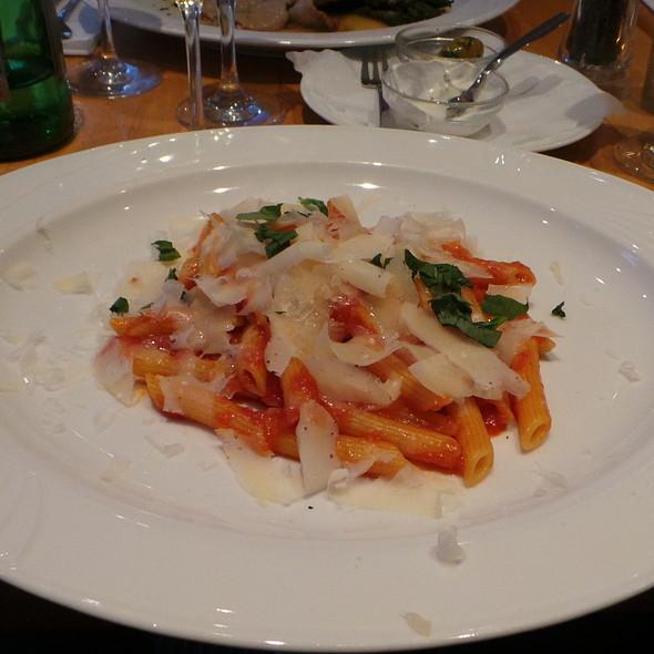 Penne pomodoro, Parmesan Cheese @ La Ruchetta