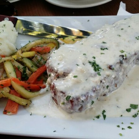 Peppered Flank Steak With Gorgonzola @ Oak Tree Ristorante