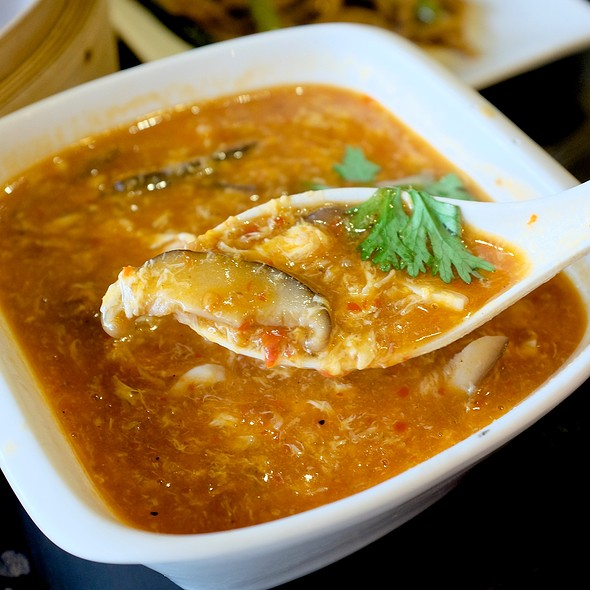 Hot and Sour Soup @ Ting Tai Fu (ติ่งไท้ฝู)