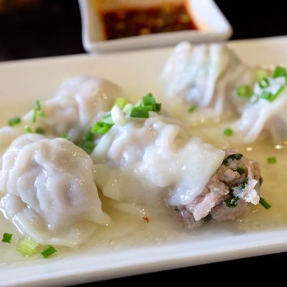 Steam Dumpling  @ Ting Tai Fu (ติ่งไท้ฝู)