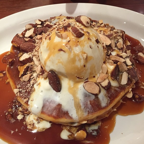 Salted Caramel Crunch @ The Pancake Parlour