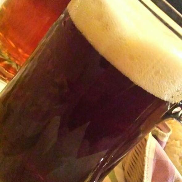 Maisel's Dunkel (Hefe Weizen Dunkel) E Burocracy Di Birrificio Brewfist (American Pale Ale) @ Osteria della Luna