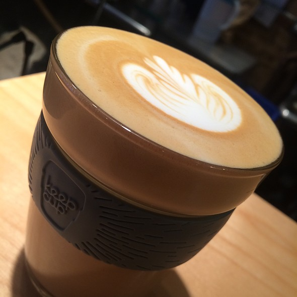 Latte @ Ellipses Coffee House