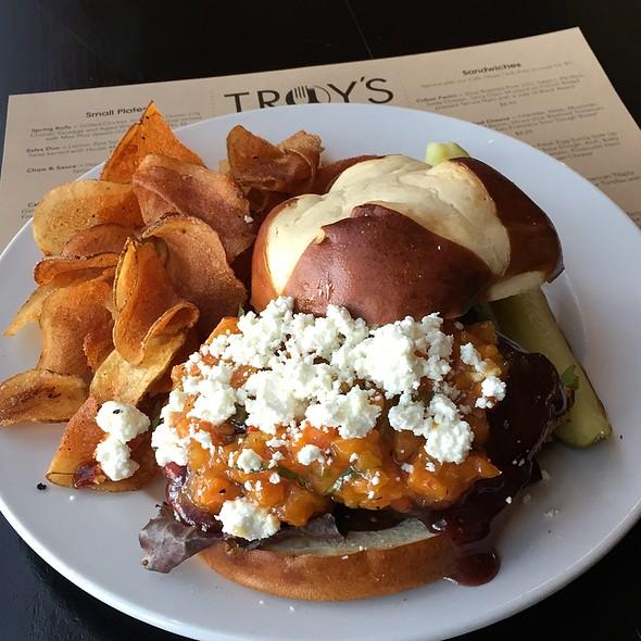 Chicken Pretzel Sandwich @ Troys Cafe