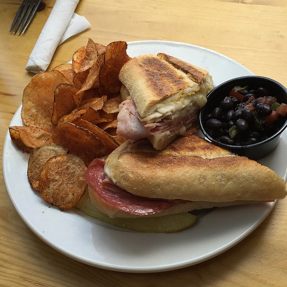 Cuban Panini @ Troys Cafe