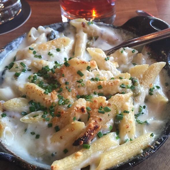 Pablano Mac & Cheese @ Extra Virgin