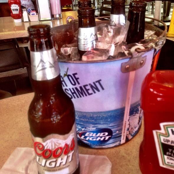 Beers @ Johnny Rockets