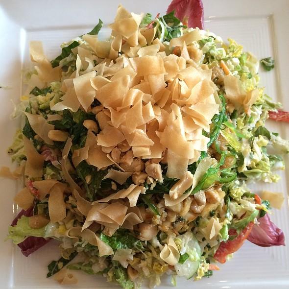 Asian Salad @ The Bungalow Lakehouse