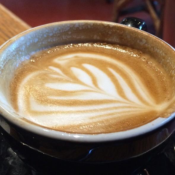 Vanilla Latte @ Kayak's Coffee & Provisions