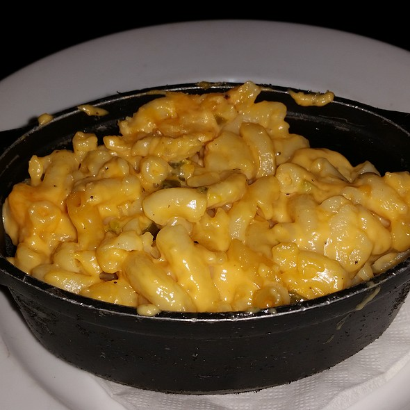 Mac Daddy and Cheese