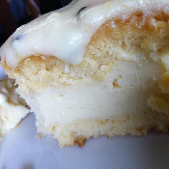 Cake @ Alleluya Bar & Cafe