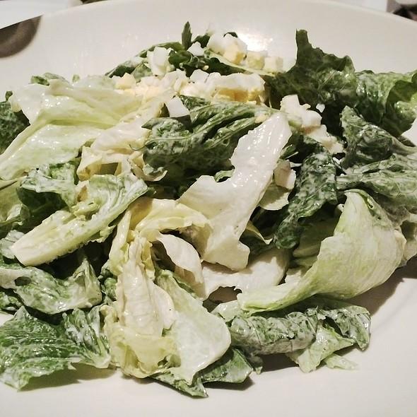 Morton's Salad - Morton's The Steakhouse - Macau, Taipa, Macau