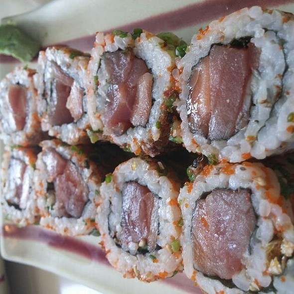 Crazy Maki Roll - Salmon, Tuna