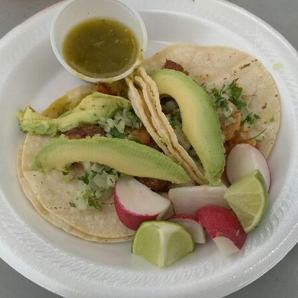 Shrimp Tacos @ Tacos Acapulco