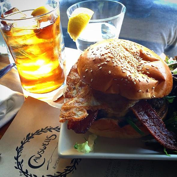 Brunch Burger @ Causwells