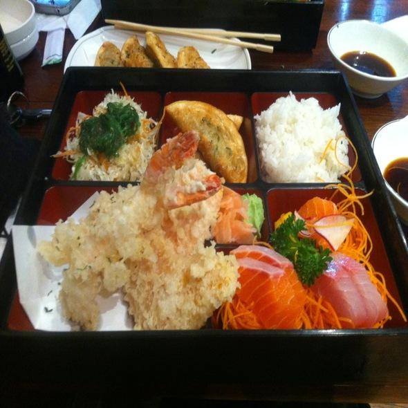 Tempura Dinner Bento @ Koi Bento