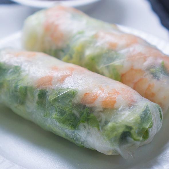 summer rolls @ Luu's Baguette