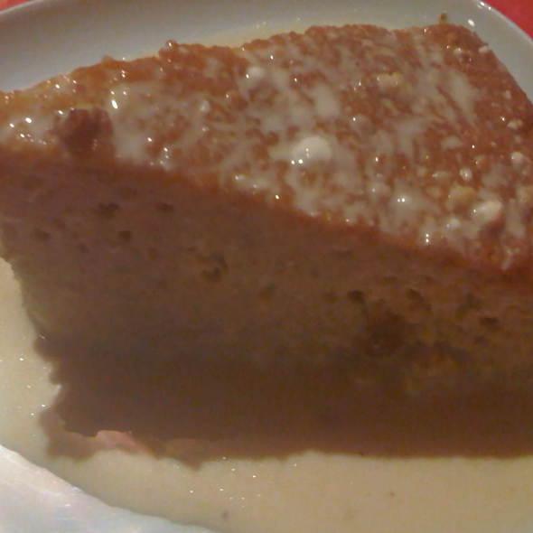 Tres Leches Cake @ El chibiski del chilito