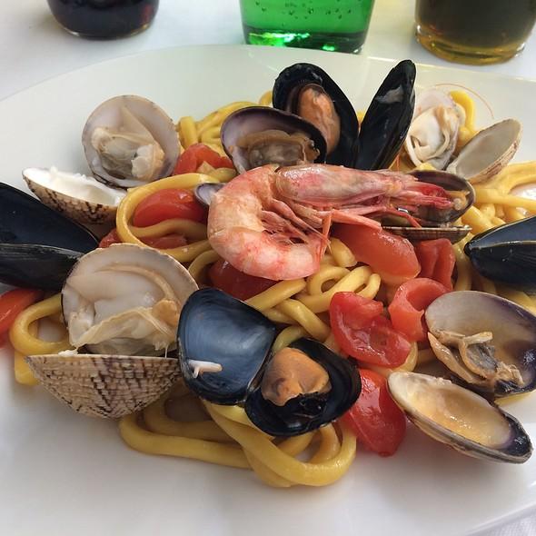 Homemade Spaghetti Frutti De Mer @  Ristorante D'amore Capri