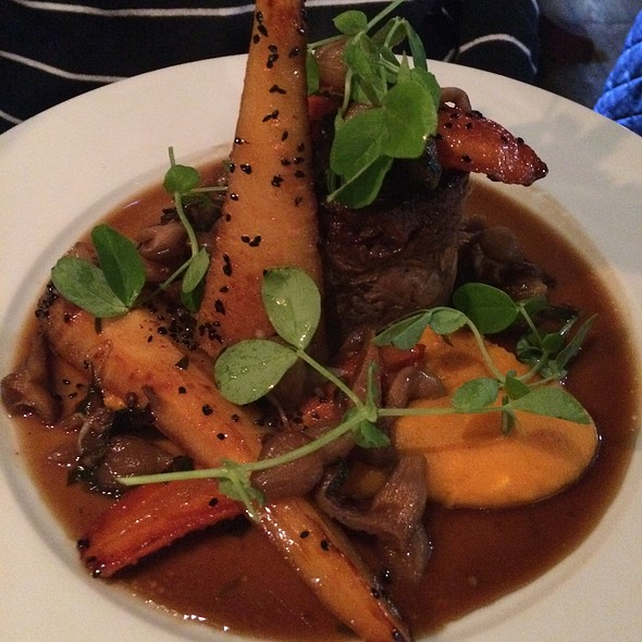 Shin Of Beef With Roasted Vegetables - The Foresters - Hampton Wick, Hampton Wick, Surrey